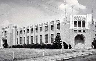 Coliseum-Building-for-Tulsa-State-Fair