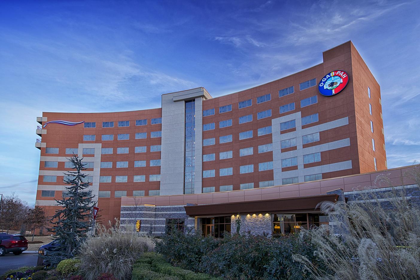 Downstream Casino Hotel Exterior Day Photo