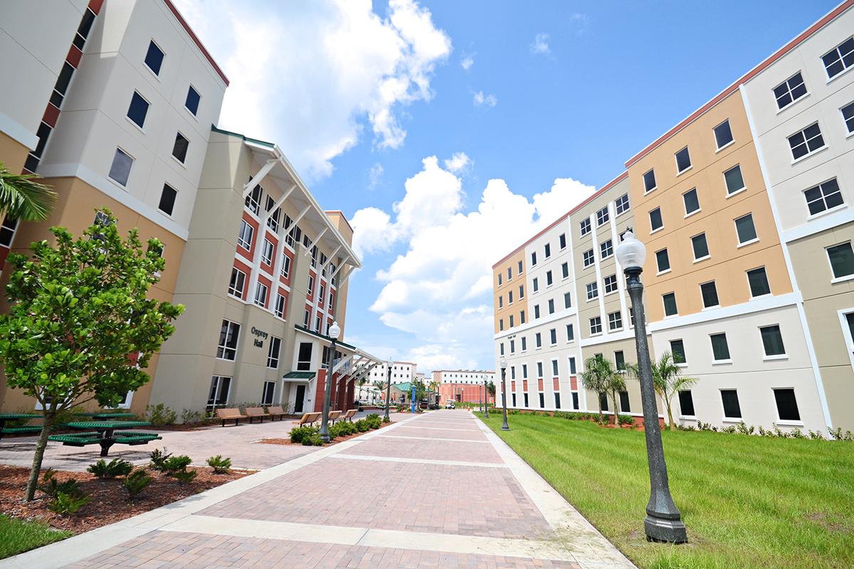 FGCU Eagle Hall Exterior Walkway