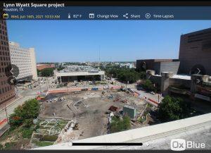 Lynn Wyatt Square Webcam - Houston