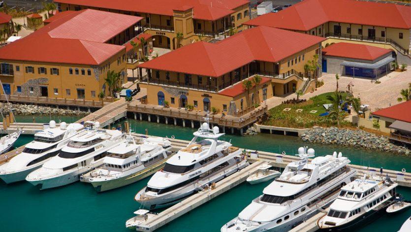 Yacht Haven Resort